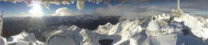 Captura de la webcam del Pic du Midi de Bigorre con las primeras nevadas otoñales desde donde se aprecia el Lac de Oncet todavía sin su capa de nieve.